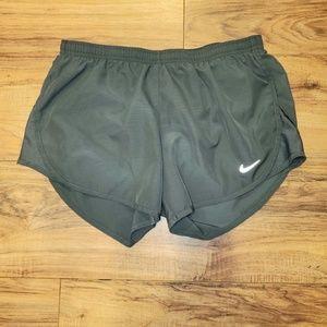 Nike tempo shorts dri fit Sz S